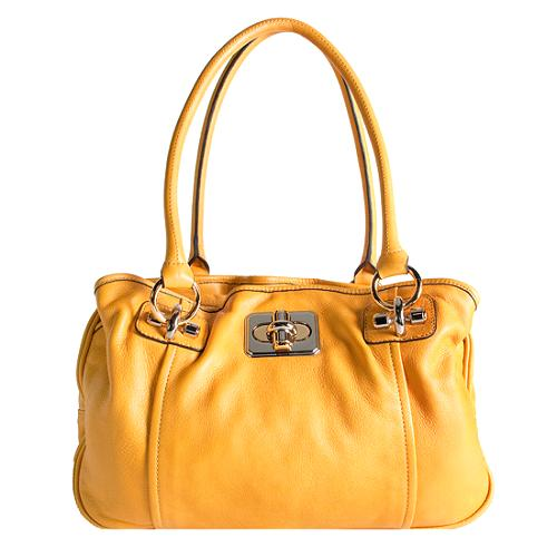 B. Makowsky Zip Top Shoulder Handbag