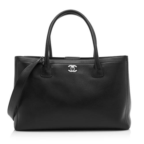 5db9ca728000 Chanel-Caviar-Leather-Cerf-Classic-Executive-Tote 77930 front large 0.jpg