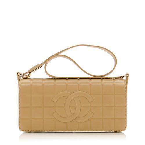 e12653542373 Chanel-Chocolate-Bar-Shoulder-Bag_77501_front_large_1.jpg