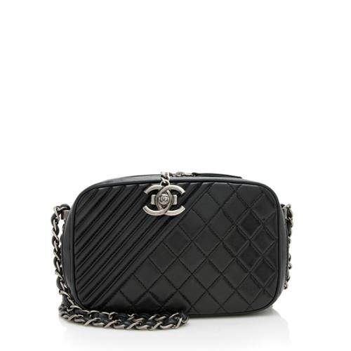 9da8b16f3fe3 CHANEL White Lambskin Leather Shopping Tote Handbag Bag