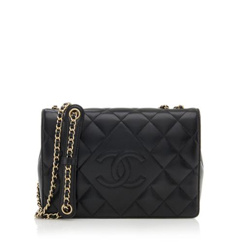 3c748810a9a8 Chanel Lambskin Diamond CC Flap Bag