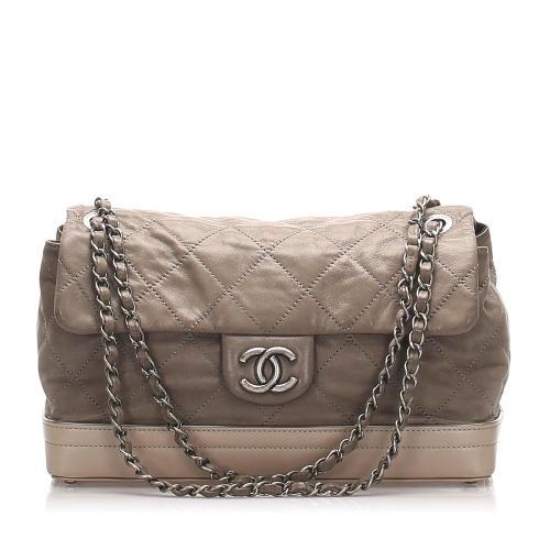 Chanel Matelasse Leather Shoulder Bag