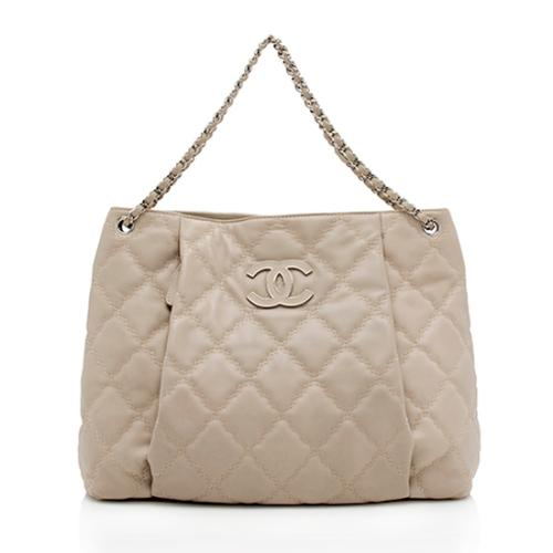 Chanel Quilted Lambskin Hampton Pleated Shoulder Bag