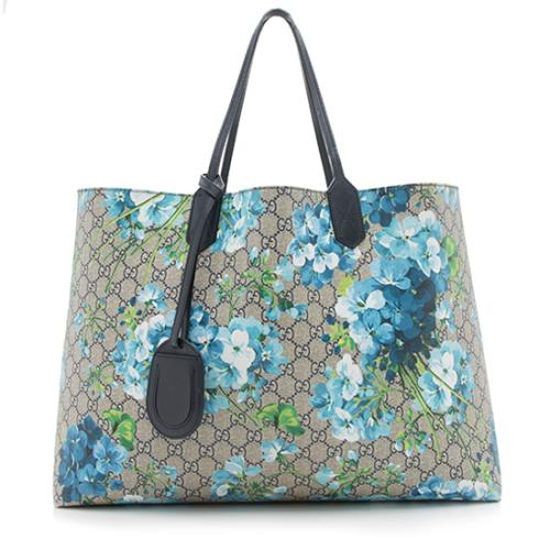 b4922b37e11 Gucci-GG-Supreme-Blooms-Reversible-Large-Tote --FINAL-SALE 94342 front large 0.jpg