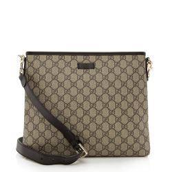 Gucci GG Supreme Classic Flat Medium Messenger Bag