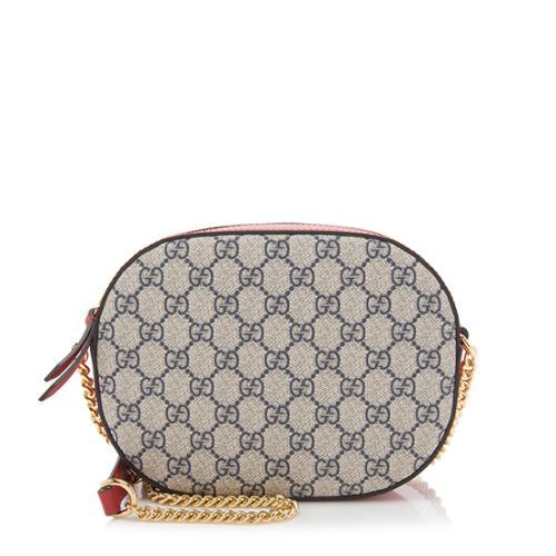 df264a9eda2e Gucci GG Supreme Mini Chain Bag