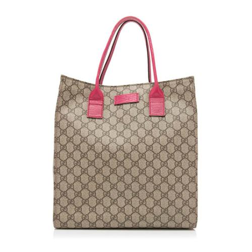 5efde223bfc5 Gucci-GG-Supreme-Tote_97028_front_large_0.jpg