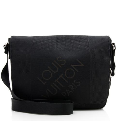 Louis Vuitton Damier Geant Petit Messenger Bag