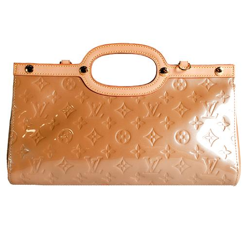 Louis Vuitton Monogram Vernis Roxbury Drive Clutch