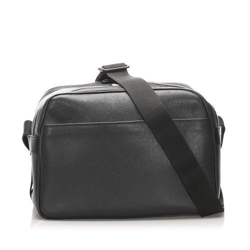 Louis Vuitton Taiga Reporter PM