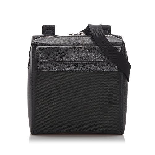 Louis Vuitton Taiga Sayan Shoulder Bag