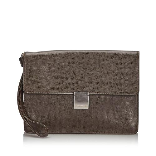 Louis Vuitton Taiga Selenga Clutch