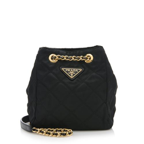 d47d848f83 Prada-Vintage-Quilted-Tessuto-Chain-Tote 82944 front large 0.jpg