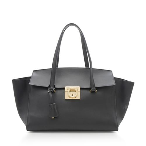 2f2102728e77 Salvatore-Ferragamo-Leather-Mara-Medium-Tote 90674 front large 0.jpg