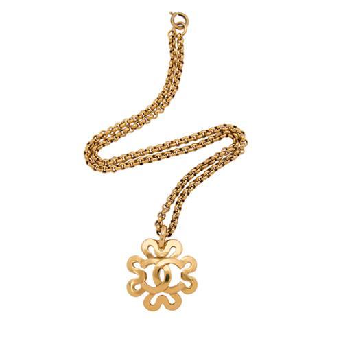 Chanel Vintage CC Flower Necklace