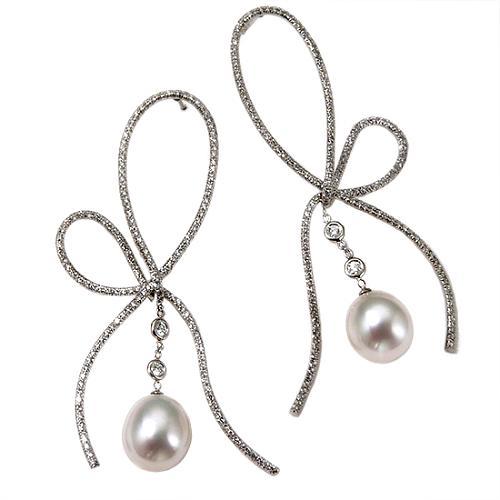 Vera Wang Large Bow Earrings