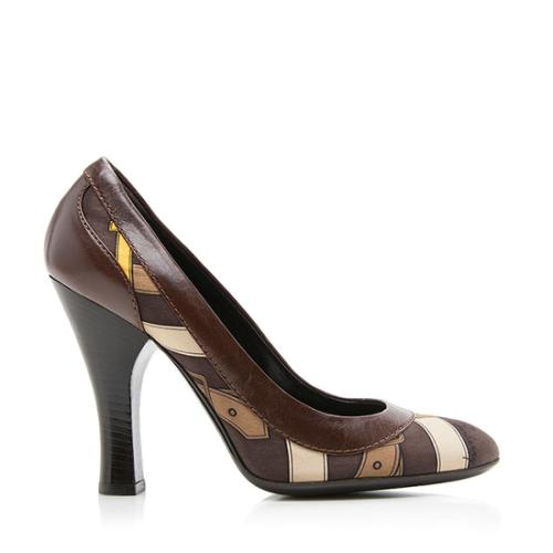 Burberry Satin Leather Pumps - Size 7 / 37