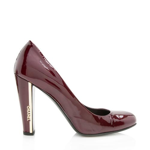 Chanel Patent Leather Logo Round Toe Pumps - Size 8.5 / 38.5