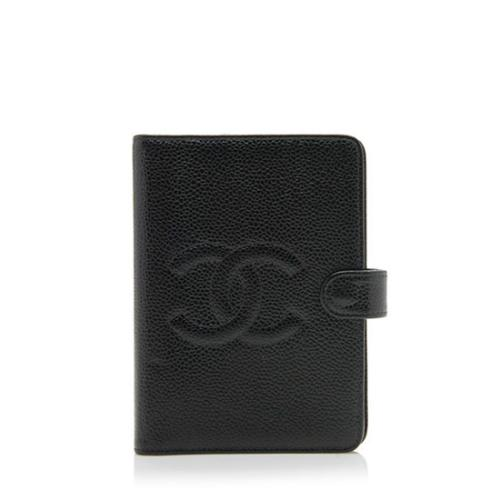 71073d2ac7a Chanel-Vintage-Caviar-Leather-CC-Small-Agenda-Cover_97707_front_large_0.jpg