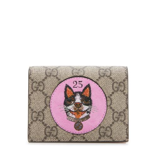 f7feb4c8e08c Gucci-GG-Supreme-Monogram-Bosco-Patch-Card-Case_98123_front_large_0.jpg