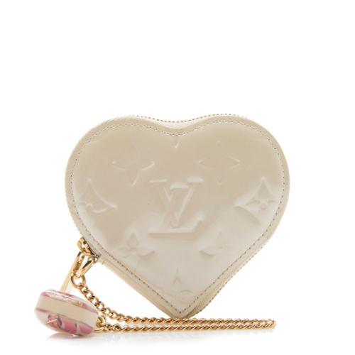 2ab3e4e72958 Louis-Vuitton-Monogram-Vernis-Heart-Coin-Wallet 90305 front large 0.jpg