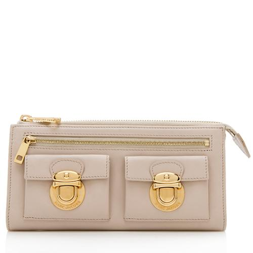 Marc Jacobs Leather Classic Zip Clutch Wallet