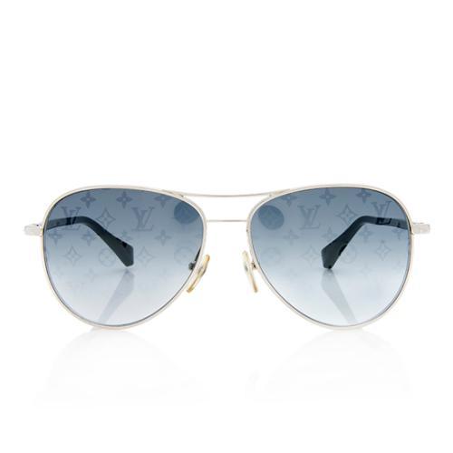 62f17dc77a62 Louis-Vuitton-Conspiration-Pilote-Sunglasses 99178 front large 0.jpg